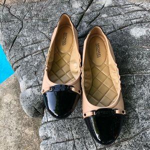 NWOT Michael Kors Black/Tan Leather Ballet Flats